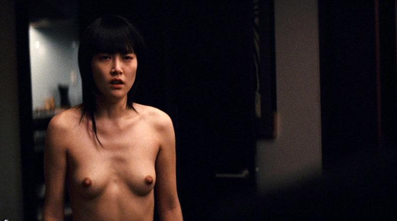菊地凛子おっぱい